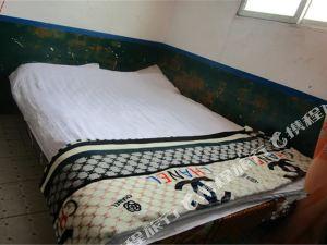 八宿磐石营青年旅舍