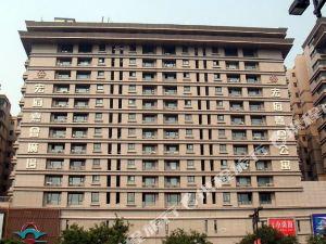 钟楼四季阳光酒店公寓(西安钟鼓楼回民街店)