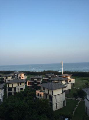关于保利海陵岛度假村保利p区海边公寓(原保利一线海景海洋之心公寓)