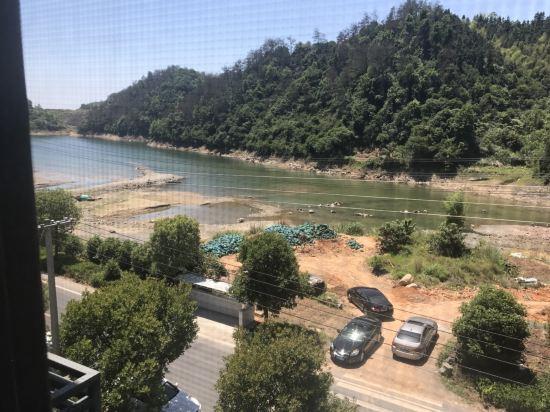 千岛湖雨山前民宿