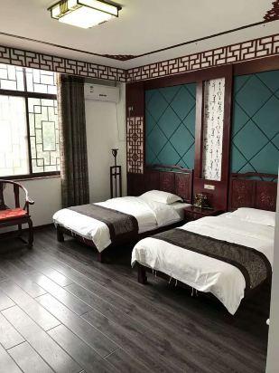 背景墙 房间 家居 起居室 设计 卧室 卧室装修 现代 装修 309_412 竖