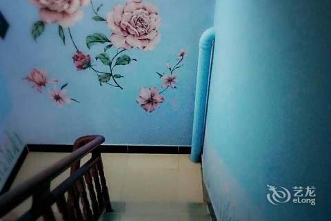 墙绘花蓝色