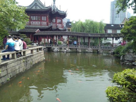 泰168 上海南京路步行街南京东路地铁站店图片