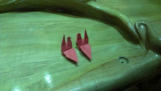 千纸鹤是我们纯手工打造的,承载着我们对每位顾客朋友的心意,您喜欢的