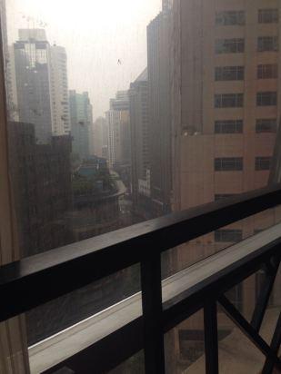 14层楼窗外风景尽揽