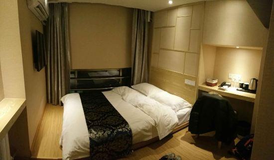 京苑智尚设计酒店(青岛香港中路店)