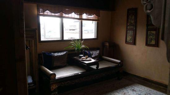 背景墙 房间 家居 起居室 设计 卧室 卧室装修 现代 装修 550_309