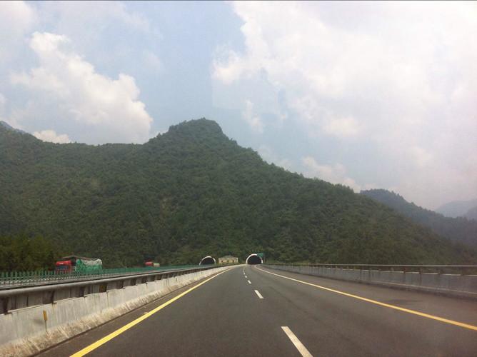 柘林湖风景区