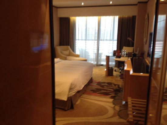 南宁永恒朗悦酒店预订价格,联系电话 位置地址