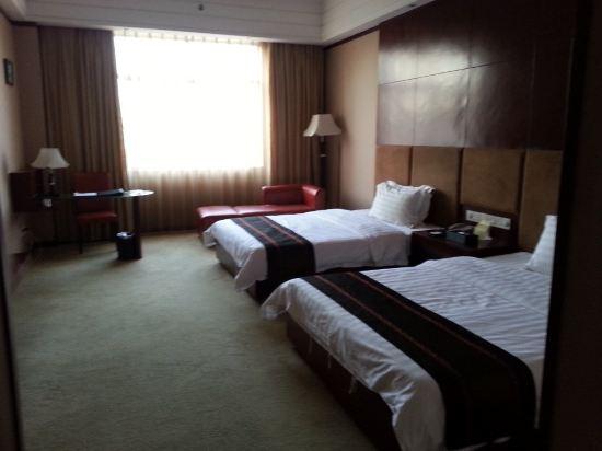 河源雅园半岛酒店