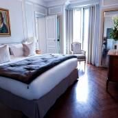 巴黎香榭麗舍大街蘭卡斯特酒店