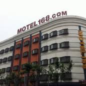 莫泰168(上海虹口足球場赤峰路地鐵站店)