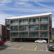 315歐式汽車旅館及服務公寓