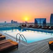 迪拜河希爾頓酒店