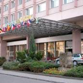 奧林匹克阿耳忒彌斯酒店