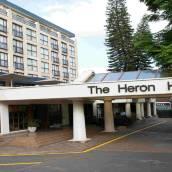 海倫柱廊酒店
