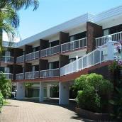 黃金海岸河口公寓汽車旅館